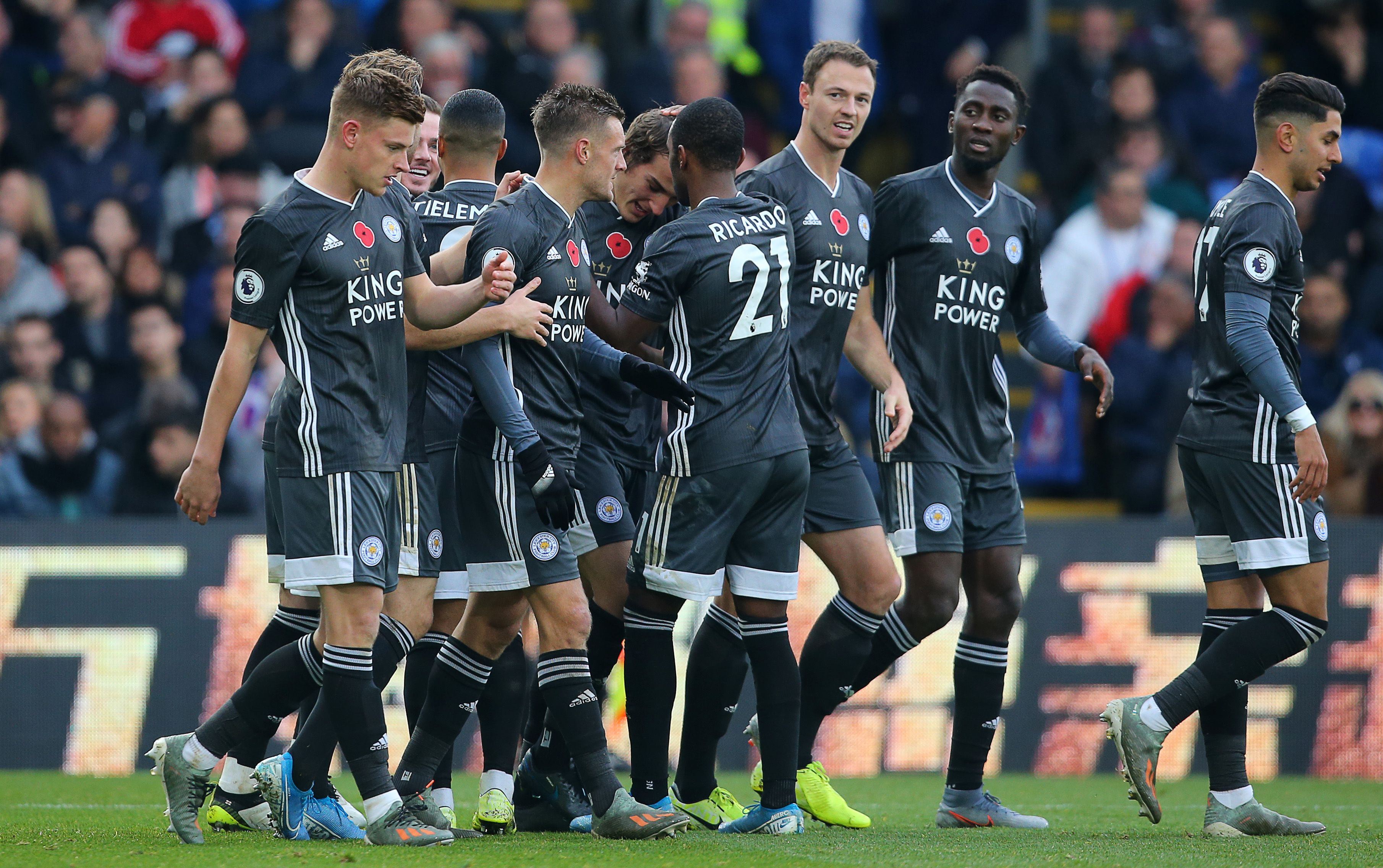 Weekend Football Betting Preview As Top Two Clash